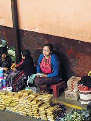 Masheños (Alveart) Tags: guatemala centroamerica centralamerica latinoamerica latinamerica alveart luisalveart quiche elquiche chichichichicastenango ladino colorful mercado marketguatemala