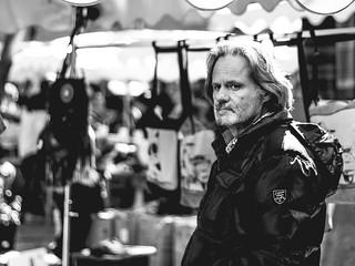 Marchand de sacs sur le marché d'Uzes