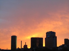Red Sky over Frankfurt (hightower185) Tags: skyline cluster frankfurtammain wolkenkratzer hochhuser