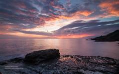 Northeast Coast of Taiwan _IMG_0275 (Len) Tags: sea sky seascape reflection clouds sunrise landscape coast taiwan  northeast  fiery seacoast daybreak  cpl   rueifang northeastcoast      blackcard      1116  ruifang 50d  t116      tokinaaf1116mmf28 2    newtaipeicity