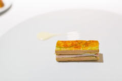 1995 Mille-feuille of smoked eel, foie-gras, spring onions and green apple (FoodTy [food-tee]) Tags: spain sansebastian michelin basquecountry gipuzkoa lasarteoria martínberasategui