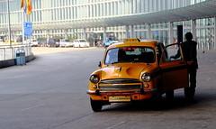 Yellow (Michele Guastella) Tags: india canon airport kolkata
