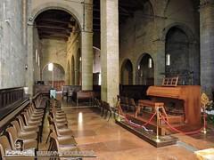BARGA - VIVENDO A LUCCA - DUOMO DI SAN CRISTOFORO (114) (Viaggiando in Toscana) Tags: vivendoaluccait viaggiandointoscanait barga lucca duomo di san cristoforo