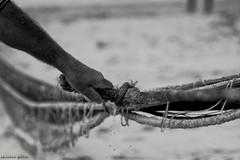 DSC_3977 (ahcravo gorim) Tags: xávega torreira portugal mar mãos ahcravo gorim