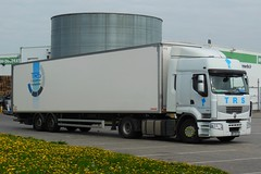 "RENAULT Premium 430 Semi-Remorque Fourgon Fruehauf ""TRS"" (Groupe TREMBLAYE)  (F-49) (xavnco2) Tags: longueau somme picardie france camion truck trucks lorry aurocarro lkw semiremorque fourgon renault premium 430"