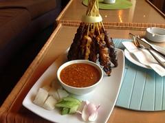 Chicken Skewers and Peanut Sauce (rougetete) Tags: indonesia bali denpasar westnusatenggara islandparadise birthdaytrip milestonebirthdaytrip 50 50thbday kualalumpur kl panpacifichotel samasamahotel