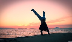 Upside down (KOSTAS PILOT) Tags: greece greeklife peloponese achaia sunset coast beach kalogriabeach sea sky ionion mediterranean shadow silhouette sony sonyz2 xperia action ελλάδα πελοπόννησοσ αχαιασ παραλια ακτη οριζοντασ horizon θαλασσα ουρανόσ σκιεσ σιλουέτα ιονιον μεσόγειοσ ηλιοβασίλεμα παραλιακαλόγριασ καλόγρια life