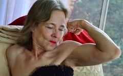 DSC_0067jj (ARDENT PHOTOGRAPHER) Tags: muscular flexing calves granny grannies skinnywomen highheels biceps