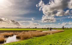 Uiterwaarden Lek - Nieuwegein (NL) [Explored 26-3-2017] (Henk Verheyen) Tags: lente nl nederland netherlands nieuwegein spring buiten clouds landscape landschap outdoor river rivier water wolken lopikerkapel utrecht lek