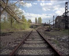 Chorzów Batory, Poland. (wojszyca) Tags: mamiya rz67 6x7 120 mediumformat 50mm kodak portra 160 gossen lunaprosbc epson v800 railway track industrial decay urban landscape