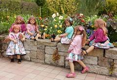 Wir sind keine Mauerblümchen ... (Kindergartenkinder) Tags: kindergartenkinder park annette himstedt dolls grugapark essen gruga frühling ostern blüte gruppenfoto personen annemoni milina tivi sanrike jinka bellis