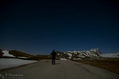 Quando le strade conducono in Paradiso... (EmozionInUnClick - l'Avventuriero's photos) Tags: cornogrande gransasso escursionista me montagna notturna stelle strada