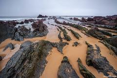 Barrika (www.jorgelazaro.es) Tags: nublado naturalezaplaya mar paisaje cantábrico piedras costa barrika arena atardecer bizkaia rocas elexalde euskadi españa es