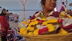 Ganga Aarti Puja (Fif') Tags: inde india bharat 2017 varanasi bénarès benares sri shri uttar pradesh ganga gange gaṅgā gōnga ganges