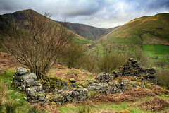 Cwm Cywarch ruin (OutdoorMonkey) Tags: snowdonia nationalpark cwmcywarch ruin old abandoned derelict hill mountain hillside mountainside peak countryside outside outdoor rural landscape history penyralltuchaf drysgol