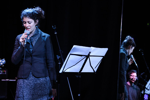 YENZA LARA TRIO, Live at Sinestesia.