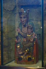 Virgen del remedio en Santa Coloma (Arnold Metselaar) Tags: kunst houtsnijwerk fietsvakantie sculptuur andorra santacoloma