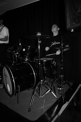 Disfrutando. (camicappone) Tags: bateria meloylosburners emilianocorrea musica placer paz