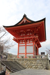 IMG_6444 Kiyomizudera (drayy) Tags: kyoto japan gion temple kiyomizudera maruyamakoen park sakura cherryblossoms 日本 京都 清水寺 円山公園 花見 桜