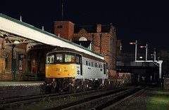 33063, Loughborough,  23 March 2017 (Mr Joseph Bloggs) Tags: 33063 loughborough gcr great central railway night train treno engineers ballast cargo freight merci railroad bahn east midlands photographic society brcw preserved leicestershire