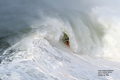 CARLOS BURLE / 89740N0 (Rafael González de Riancho (Lunada) / Rafa Rianch) Tags: nazaré olas waves ondas water surf surfing portugal mar sea deportes sports vagues nazare costa coast playa beach