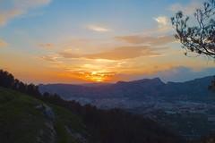 Atardecer ..... 50.HS (davidgv60) Tags: david60 alcoi españa atardecer ski color sunset spain fujifilmhs30exr nubes nwn cielo natur natural 365dias paisvalenciá photodgv
