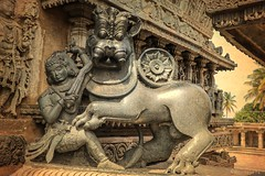 The Emblem of Hoysala Empire at Belur (ravitejanadiminti) Tags: hoysalaempire hoysala karnataka history historical architecture architectural india indianhistory emblem belur empire canon canon80d sculpture