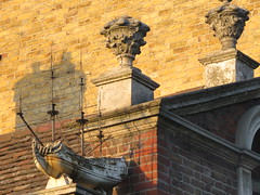 UK - London - Stepney Green - Trinity Green Almshouses - Ship decoration (JulesFoto) Tags: uk england london clog centrallondonoutdoorgroup stepneygreen eastend trinitygreenalmshouses ship