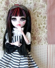 Silence (Pliash) Tags: mh monster high draculaura lolita cute kawaii pink