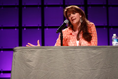 Amanda Tapping (Gage Skidmore) Tags: arizona amanda phoenix center atlantis convention stargate sg1 comicon sanctuary tapping 2013
