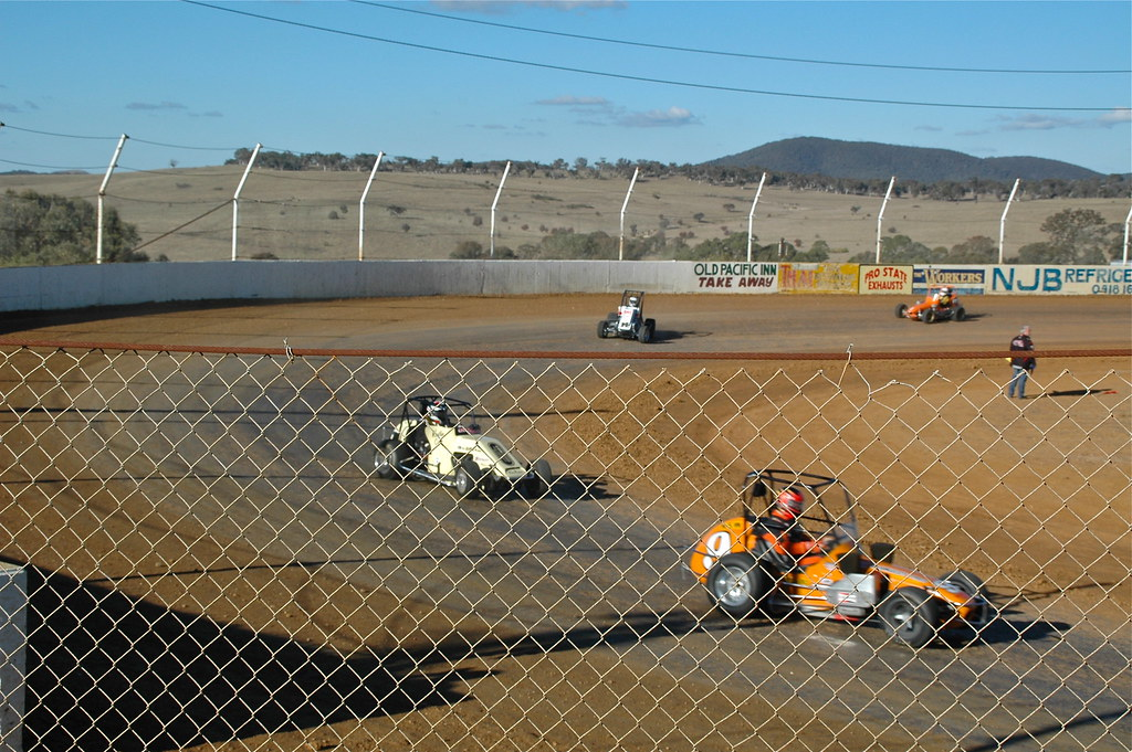 goulburn speedway dates Alexandra speedway played host to victoria's best sports sedan racers on saturday the 25th (november) with almost thirty competitors arriving to do battle in the.