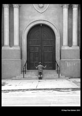 Barranco Style - Faith (idoazul) Tags: street people blancoynegro church lima faith iglesia streetphoto fe barranco iphone blanckandwhite peru