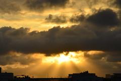 "清水 落日 餘暉 Sunset in Taichung , Taiwan (photor432) Tags: sunset sun roc zonsondergang taiwan coucherdesoleil закат 落日 csh 清水 黃昏 석양 サンセット غروبالشمس hoànghôn ""日落"" 清水落日 cshblack432 ซันเซ็ท"