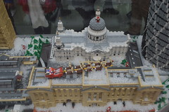 Stopping off at Buckingham Palace (CoasterMadMatt) Tags: santa christmas city uk greatbritain autumn decorations england snow west london english westminster saint st garden reindeer photography globe model december lego cathedral photos unitedkingdom britain south united father great models decoration kingdom pauls scene palace east covent photographs buckinghampalace gb end fatherchristmas santaclaus coventgarden british southeast claus stpaulscathedral buckingham sleigh westend snowglobe cityofwestminster decs 2013 legochristmas inlego coastermadmatt legochristmassnowglobe