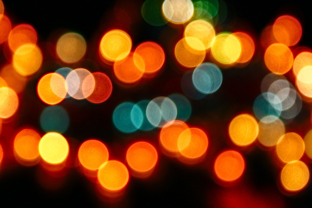 Twinkling Outdoor Christmas Lights