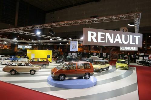 Renault_54705_global_fr-002