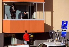 Men at Work (Linnea from Sweden) Tags: canon eos 40d efs 55250mm 4556 is men work balcony