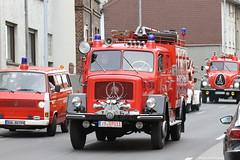 Feuerwehr Oldtimerfreunde Bad Grünstadt (Combat-Camera-Europe) Tags: feuerwehr oldtimer history historisch deutschland fire firebrigade lkw truck trucks oldtimertreffen ems rot