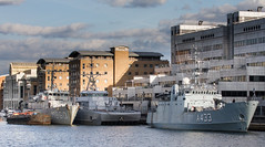 SNMCMG1 April 15th 2017 (3 of 11) (johnlinford) Tags: a433 auxiliary canarywharf docklands emlwambola hnlmsschiedam hnomshinnøy london londondocklands m343 m860 military minesweeper nato navy snmcmg1 ship southquay standingnatominecountermeasuregroup1 vessle