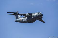 EMBRAER KC-390 (Enilton Kirchhof) Tags: brasíliadf canon5dmarkiii canon6d fotoeniltonkirchhof desfile diadaindependencia setedesetembro embraer voo cargueiro reabastecedor jato bluesky