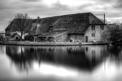 Karperhoeve - Monochrome (Rik Tiggelhoven Travel Photography) Tags: karperhoeve maassluis netherlands nederland holland farm 1711 building landscape ndfilter neutral density longexposure long exposure water reflection clouds canon 6d fullframe europe europa rik tiggelhoven travel photography ef24105mmf4lisusm black white monochrome bw