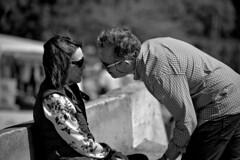 Strangers BC Lovers (R.D. Gallardo) Tags: canon eos 6d raw robado retrato hdr hombre mujer mina man lovers enamorados mirada romantic romantico beach