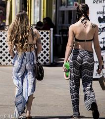 Boardwalk tattoos_DSC1420-63523-626 (pulsar8472) Tags: venice california boardwalk women bffs tattoos