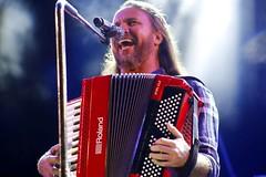 Anglų lietuvių žodynas. Žodis accordion reiškia n muz. armonika, akordeonas lietuviškai.