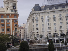 Plaza Cibeles (Rckr88) Tags: plaza cibeles plazacibeles madrid spain europe travel travelling fountain fountains city cities buildings building architecture