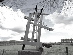 On top (drager meurtant) Tags: temporary sculpture installation drager meurtant silhouette dragermeurtant