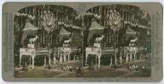 Elks' Convention, Phila., July 15-21, 1907, Prize-Winning Decorated Business House, Strawbridge & Clothier (Library Company of Philadelphia) Tags: decorations philadelphia businesses competitions stereographs strawbridgeclothier elksconvention