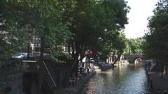 gracht Utrecht (JANKUIT) Tags: utrecht dom atlas rondvaart gauchos grachten fietsen snotneus tafereel wereldbol studentenstad grachtenwand