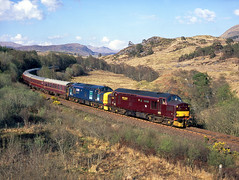 37248+37688 Glen Falloch 5th May 2008 (John Eyres) Tags: west coast glen oban drs falloch 37688 37248