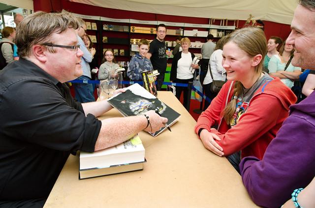Derek Landy meets his young fans